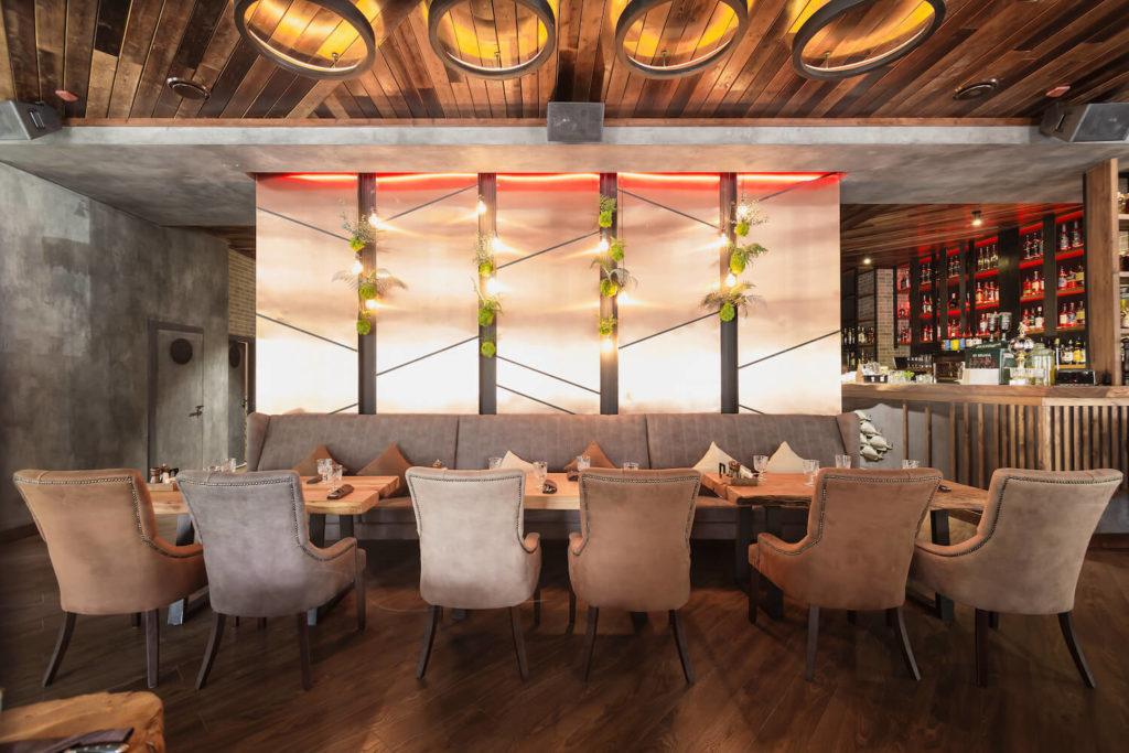 ресторан гости 540 красная поляна