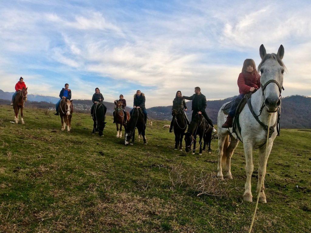 конные прогулки сочи псахо