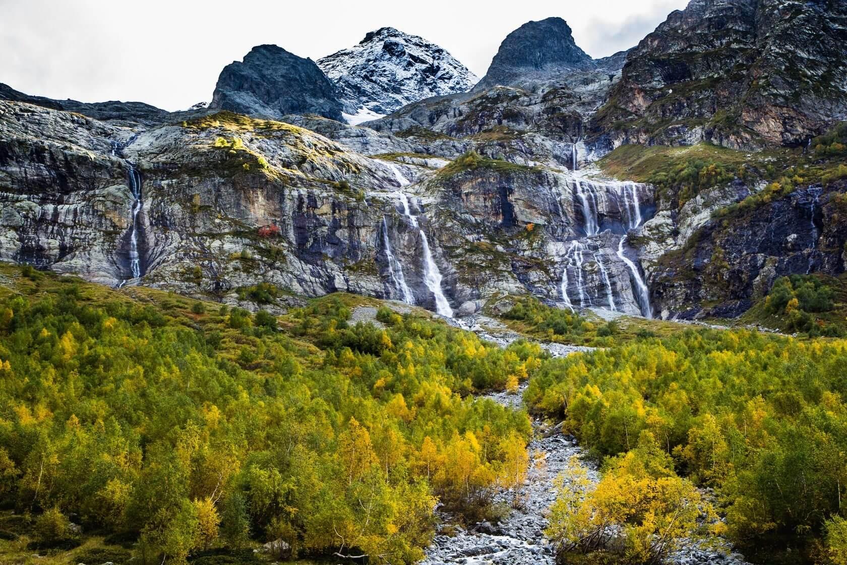 Софийские водопады архыз