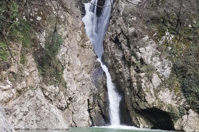 обзорная экскурсия по Сочи водопады