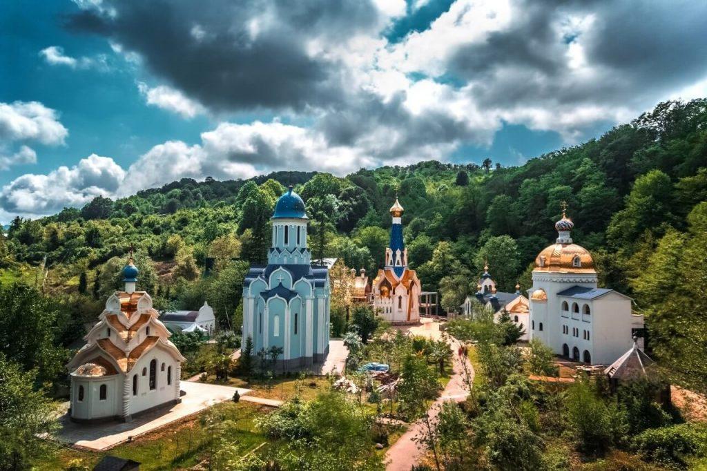 Женский монастырь в Голицыно