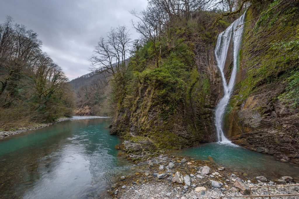 водопады реки ажек сочи